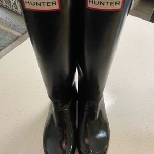 Women's black hunter boots size 8 used
